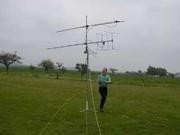 Lars, DH1LB, unter der UKW-Antennenanlage
